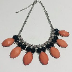 Three color faceted piece statement necklace